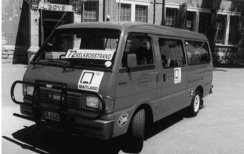 Photo of a minibus taxi
