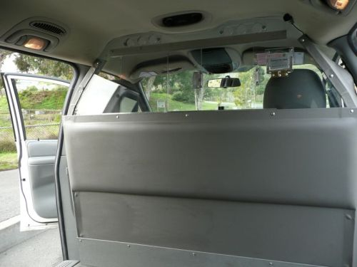 Photo of a partition in a minivan
