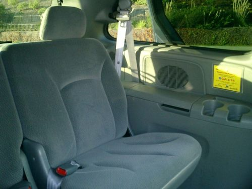 Minivan Taxicab Equipped With A Partition